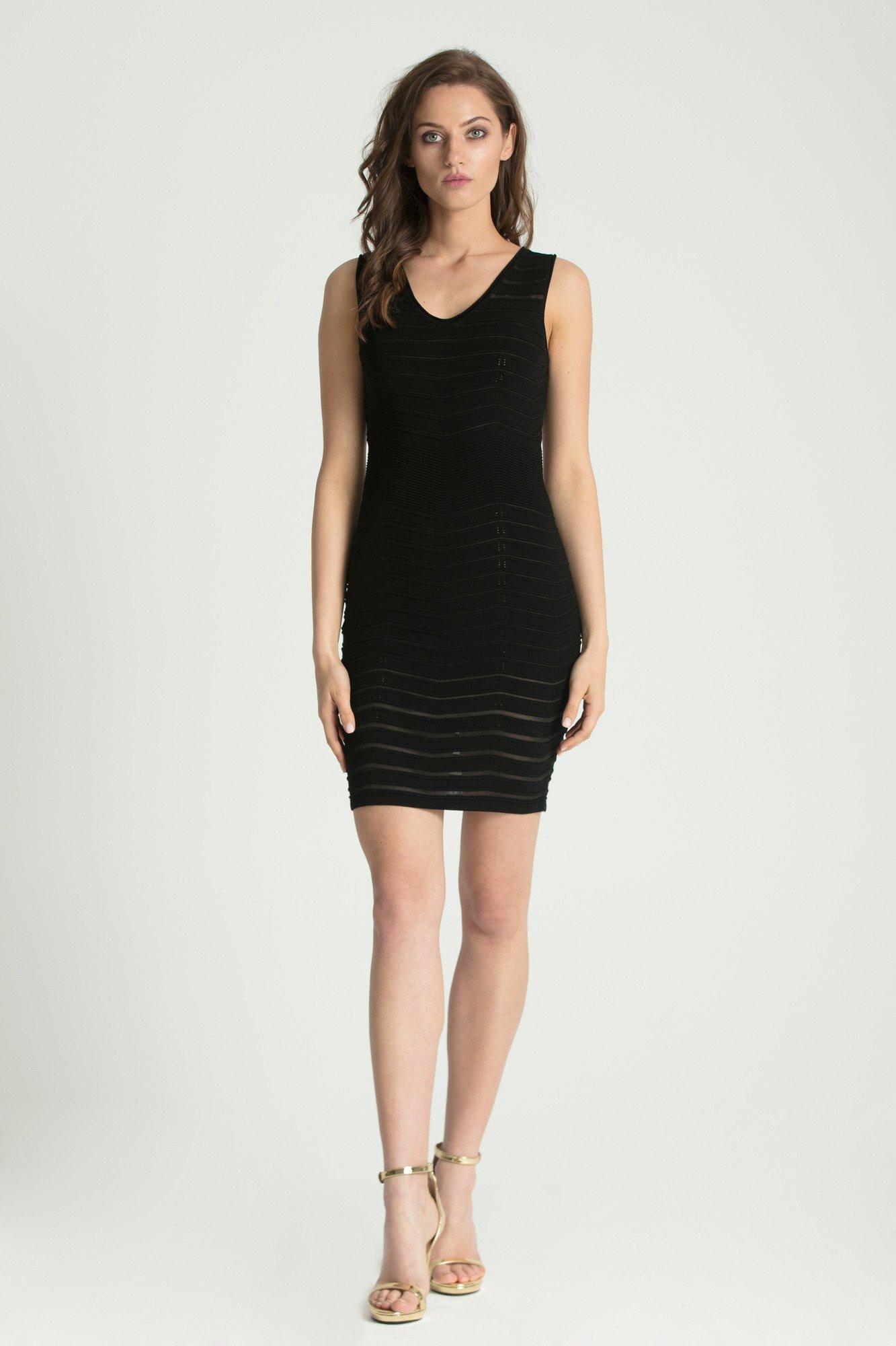 Czarna prążkowana sukienka na ramiączkach | Marki Premium w