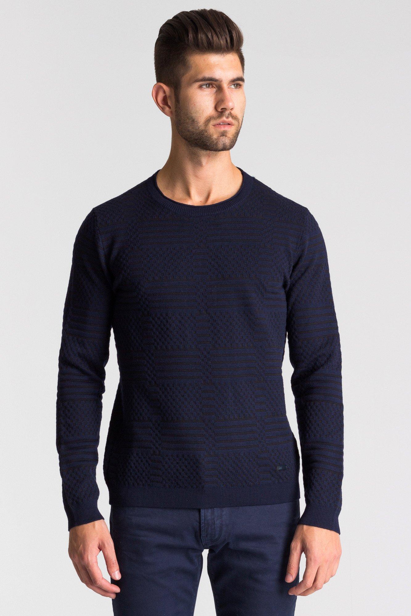 8873caefaa98a ... Granatowo-czarny sweter męski we wzór ...