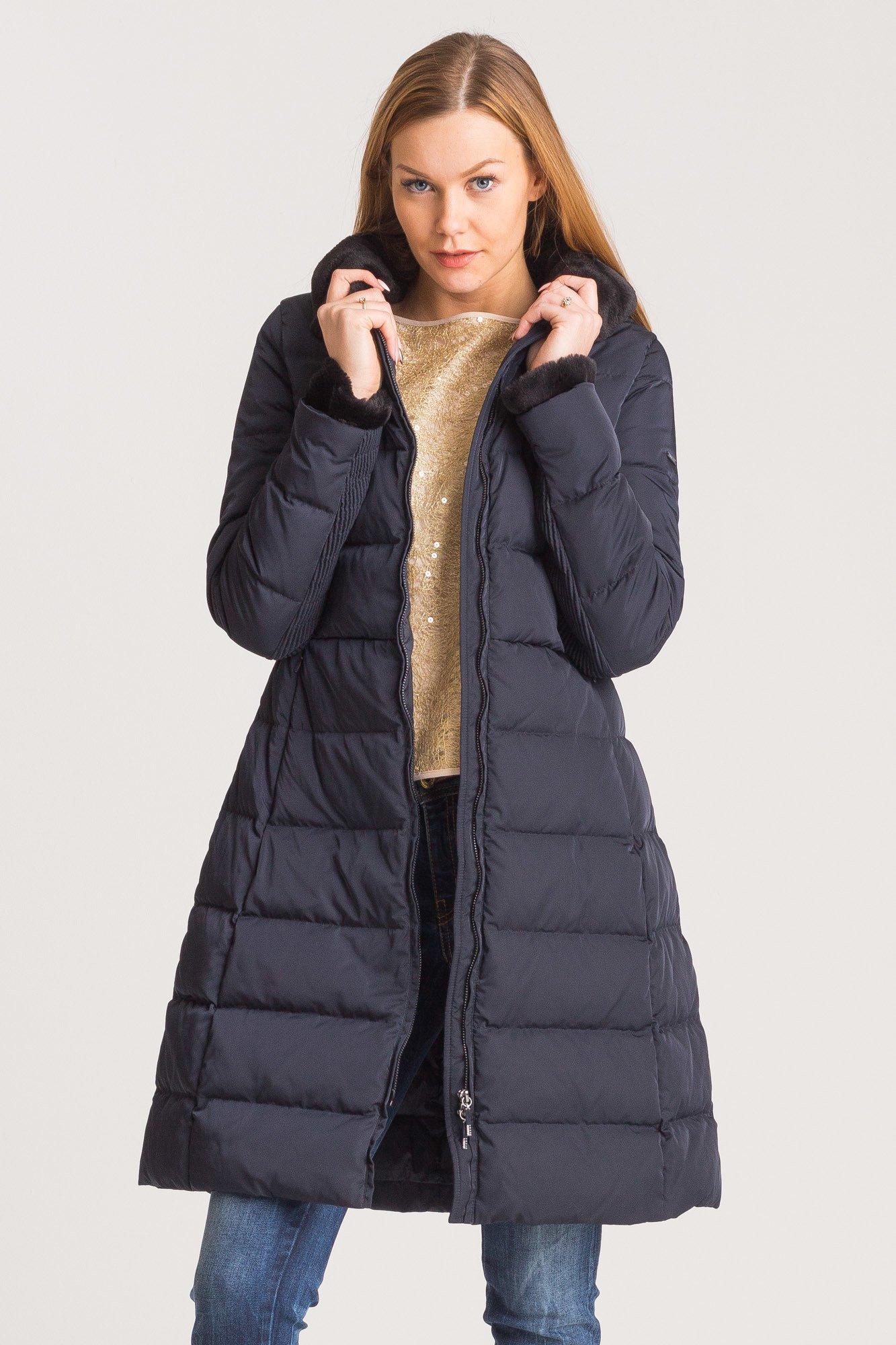 584340b933373 Granatowy pikowany płaszcz damski; Granatowy pikowany płaszcz damski ...