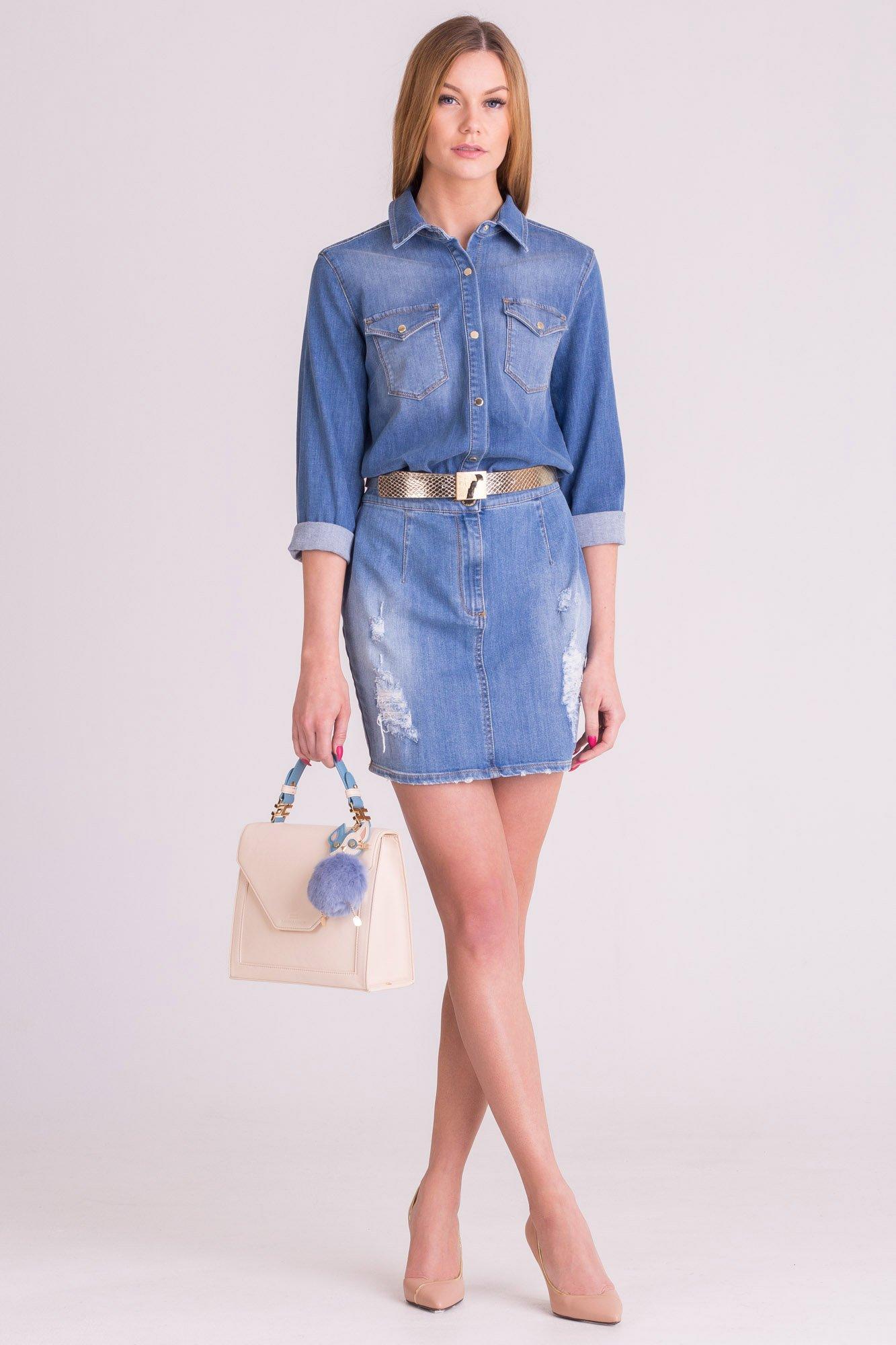 d7d51dd9bb Niebieska jeansowa sukienka Elisabetta Franchi · Niebieska jeansowa sukienka  Elisabetta Franchi ...