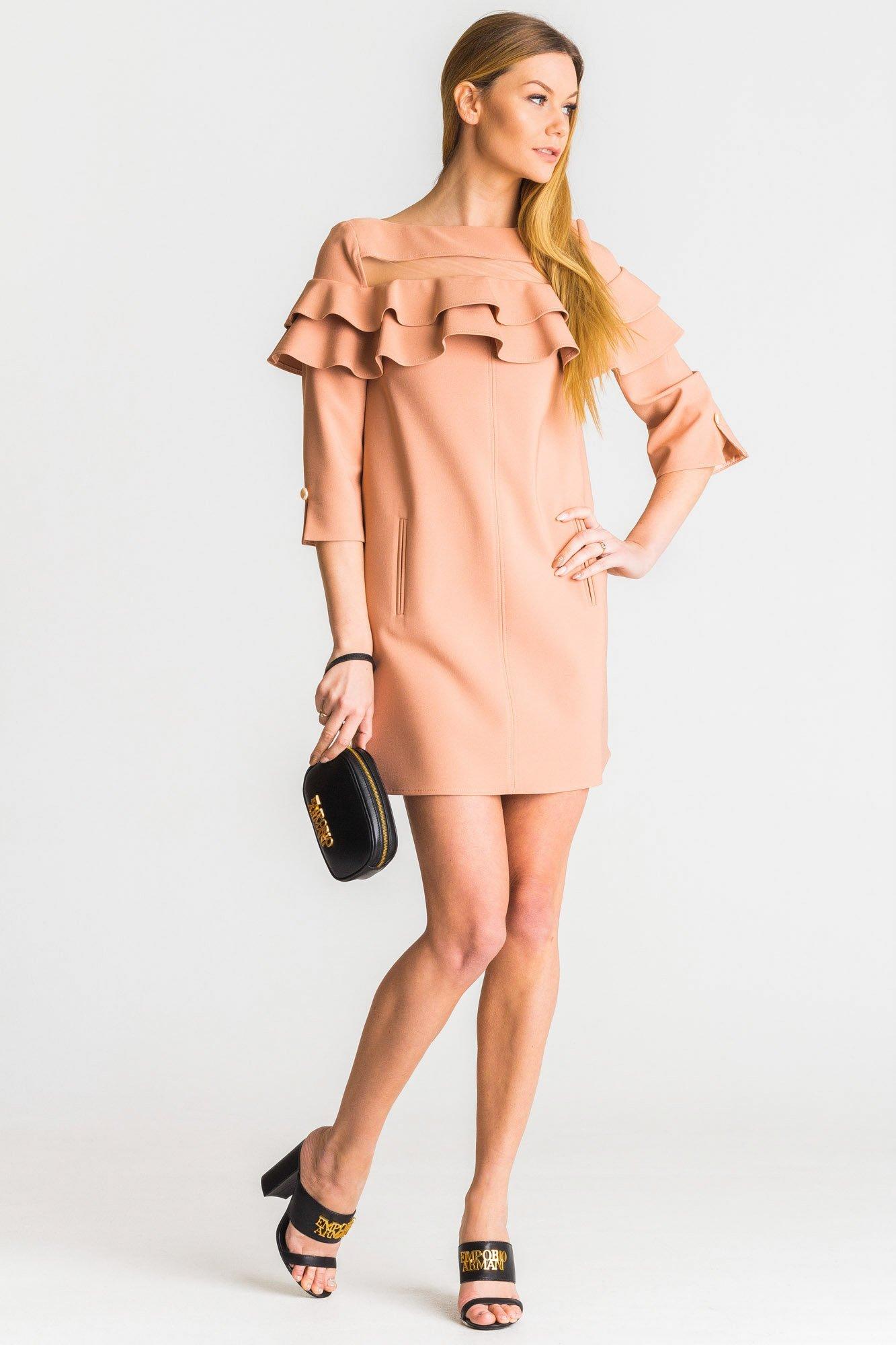 d4e670c2 Różowa sukienka Elisabetta Franchi z falbaną