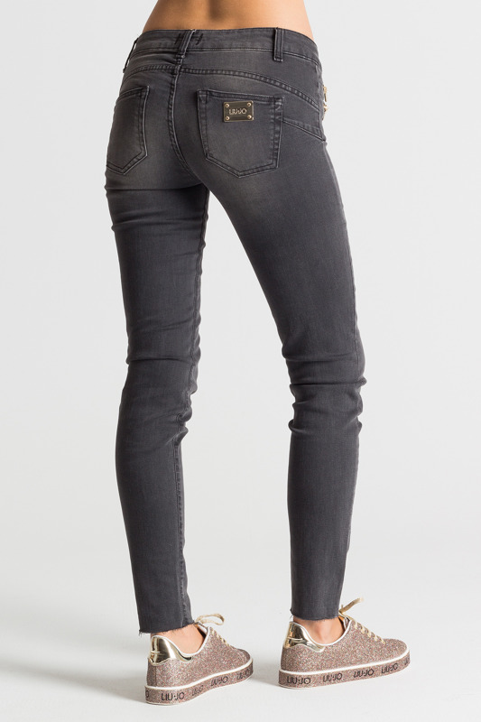 Jeansy skinny fit